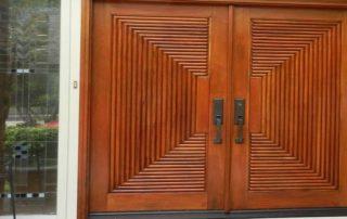 Κουφώματα πόρτας